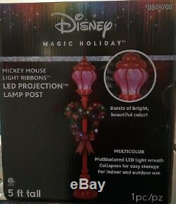 Disney Mickey Mouse 5' Christmas Holiday Lamp Post with Wreath LED Lights NIB