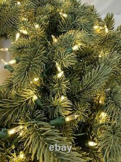 Open Box Balsam Hill Ultra Bright Christmas Wreath 32 w Candlelight LED Lights